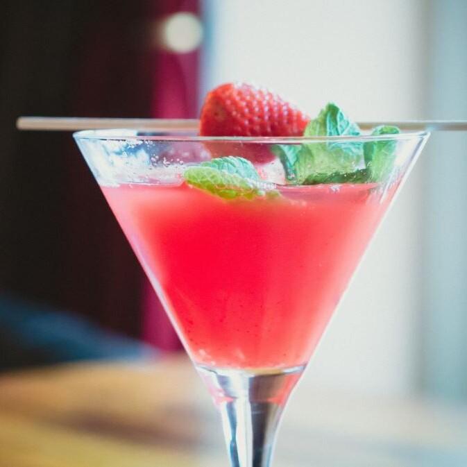 Cosmopolitan drink opskrift